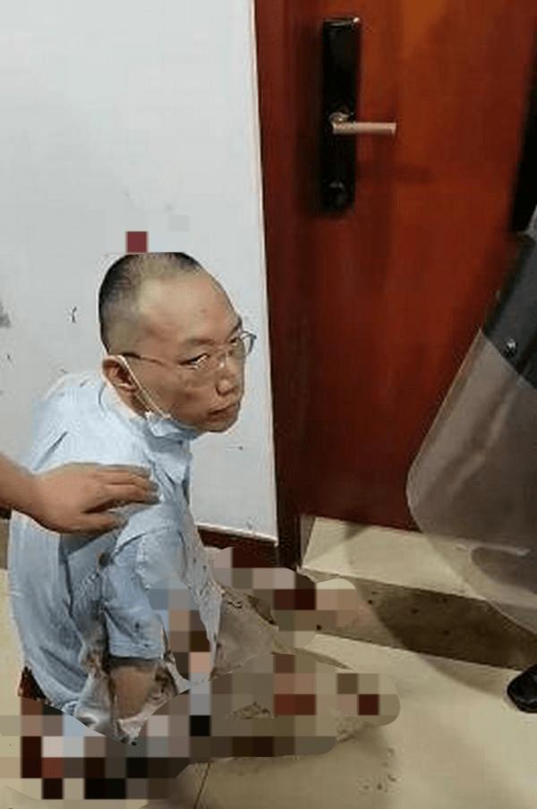 上海高校杀害同事的男老师人生前一半开挂后一半是杯具